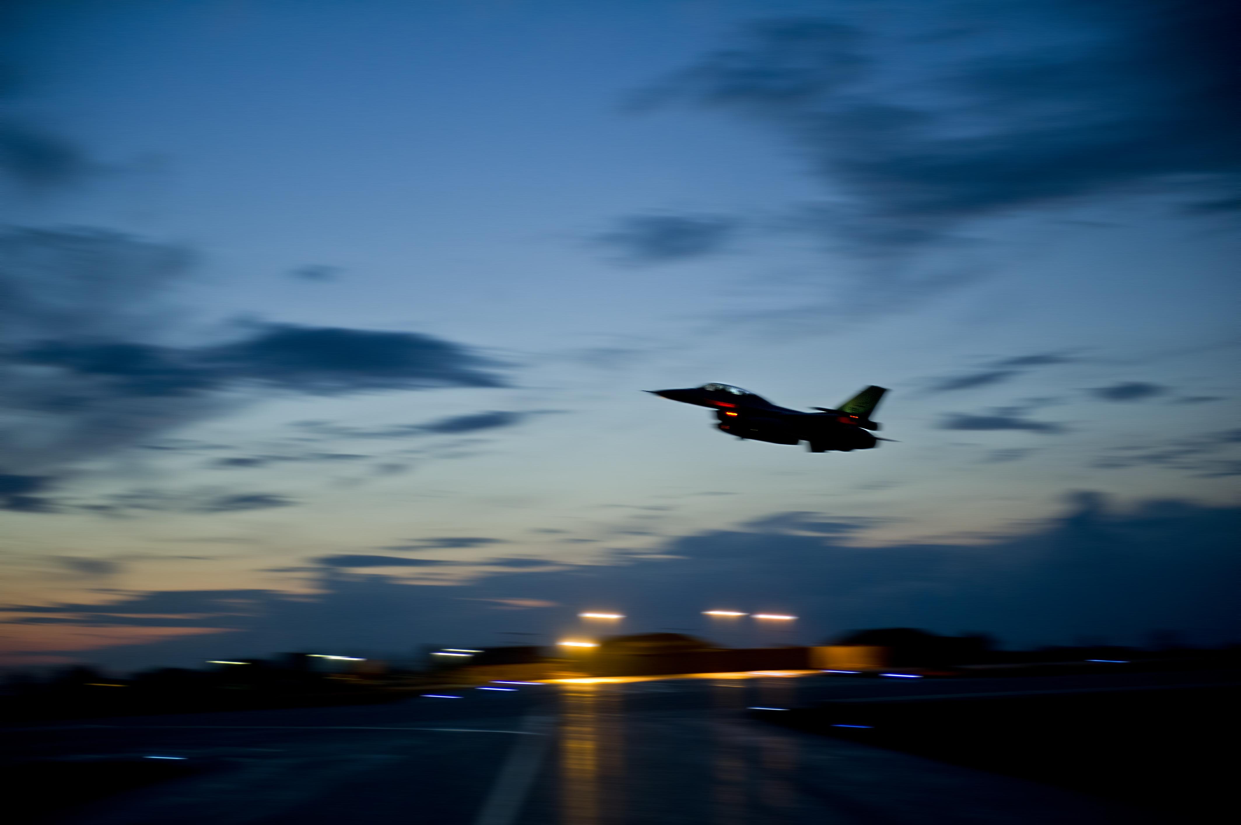 Nattflyging